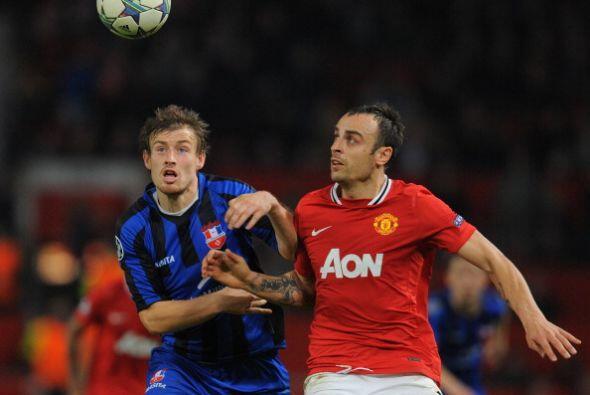 El goleador de Bulgaria volvi~ a jugar y no pudo convertir.