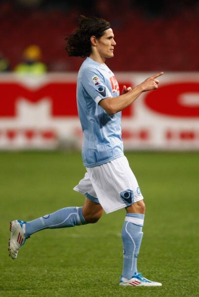 Pero una vez más Cavani, la gran sensación del 'Calcio', anotó el 2-1 de...