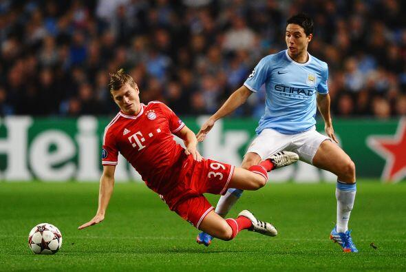 El gran partido de la jornada enfrentaba al Manchester City de Manuel Pe...