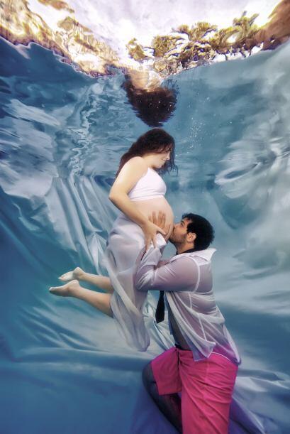 Opris capta la belleza del embarazo en cada toma.