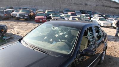 Uno de los miles de autos robados en EEUU que los narcos usaron en México.
