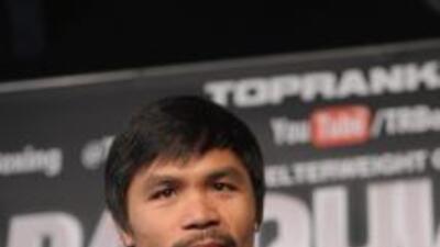 Manny Pacquiao habló del Ko de Mayweather a Ortiz.