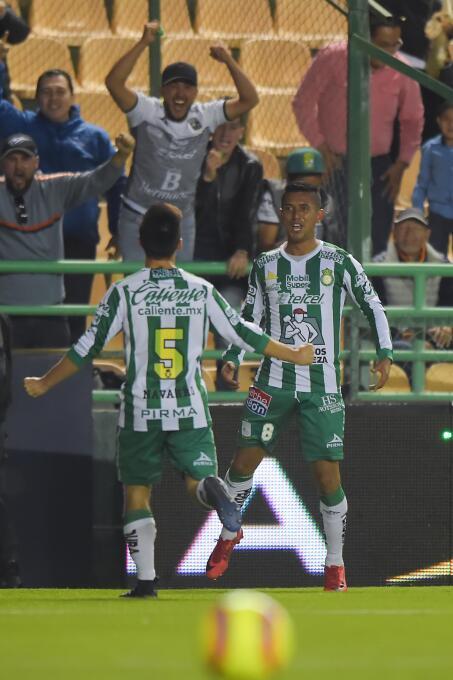En fotos: El León rugió y toma el liderato general del torneo gol-elias-...