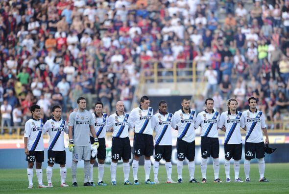 Por otra parte Inter visitó al Bologna en el debut de Claudio Ranieri co...