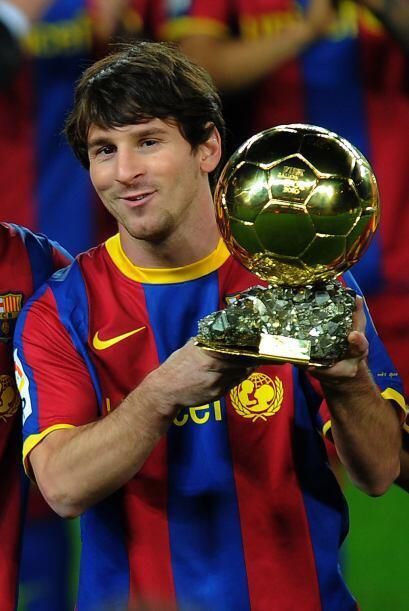 La cara de felicidad del mejor del mundo cuando gana un trofeo es como l...