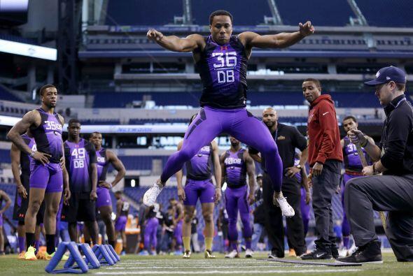 Selección 26 Baltimore Ravens: CB Marcus Peters, Washington (AP-NFL).