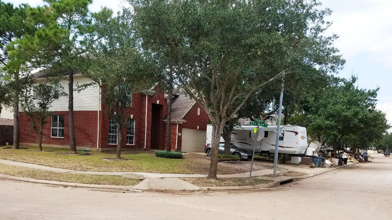 El hogar de Cindy y Javier Ramírez luce en buenas condiciones en el exte...