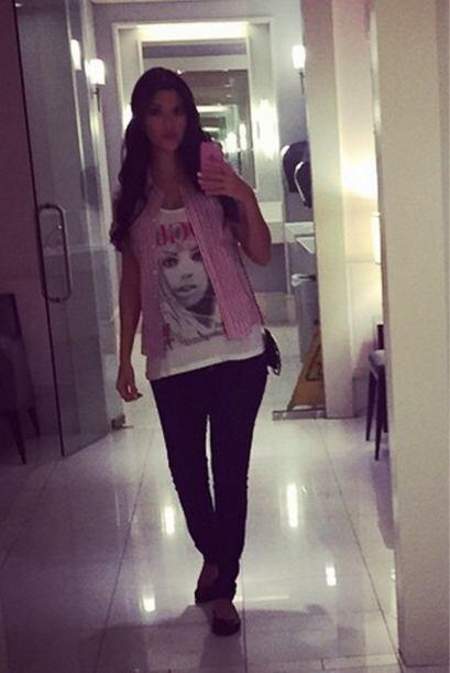 """""""De vagas, tarde de chicas"""", compartió Ana. (Febrero 23, 2015)"""