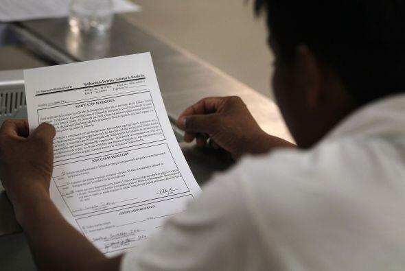En el caso de los inmigrantes que no están detenidos el procedimiento de...