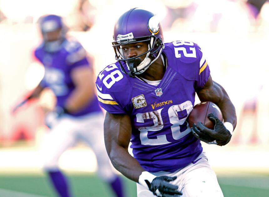 Los 30 jugadores con más puntos de fantasy en la semana 9 de la NFL 22.jpg