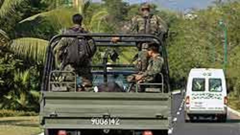 El Congreso mexicano fijará límites a permanencia del Ejército en las ca...