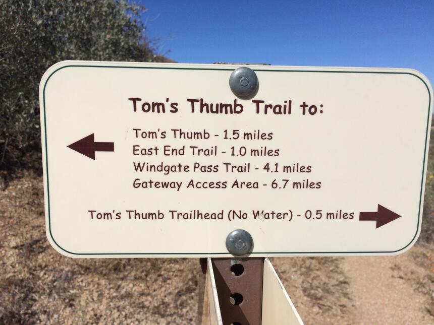"""Subiendo al """"Pulgar de Tom"""": Tom's thumb trail"""