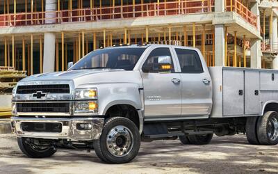 Chevrolet Silverado 6500