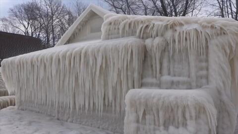Una casa se congeló literalmente en Nueva York
