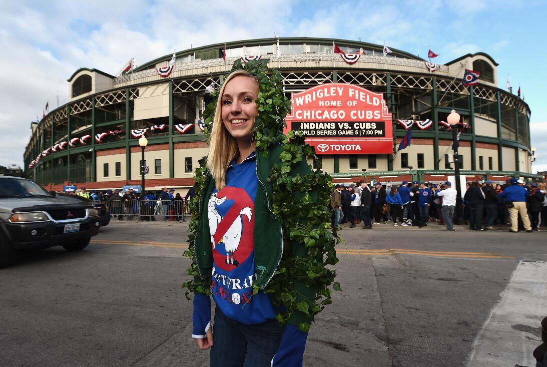 La fe inacabable de los fanáticos de Chicago Cubs  GettyImages-619306228...