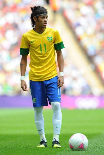 Neymar:Pero antes no podemos olvidar sus cortes extravagantes que termin...