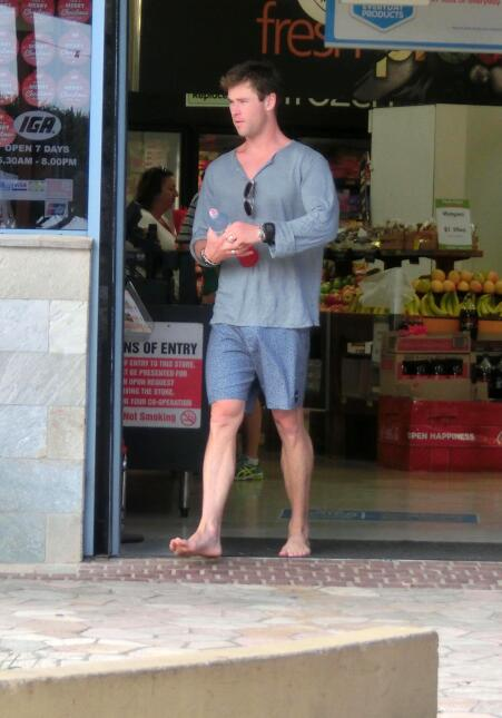 El actor de 'Thor' se la pasa bien en sus vacaciones de fin de año.