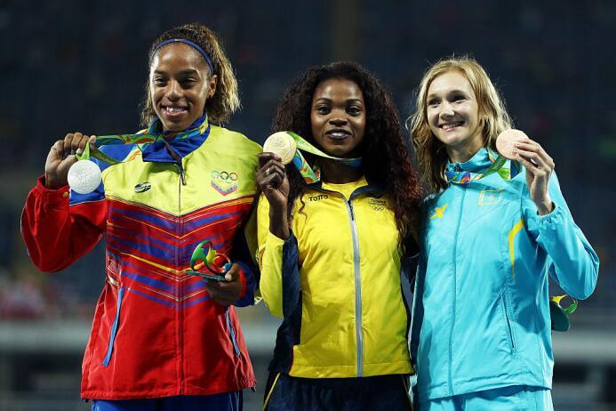 87 comités olímpicos nacionales han logrado medalla, incluído el grupo d...