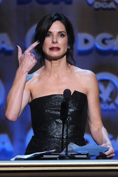 Sandra Bullock parece que lleva más allá sus personajes de agente del FB...