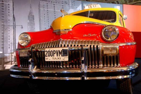 Taxi Cab De Soto Custom 1946 Al final de la II Guerra Mundial, la ciudad...