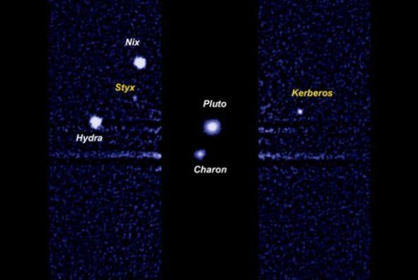 El telescopio Hubble toma imagen del planeta y sus lunas Nix, Hydra, Ker...