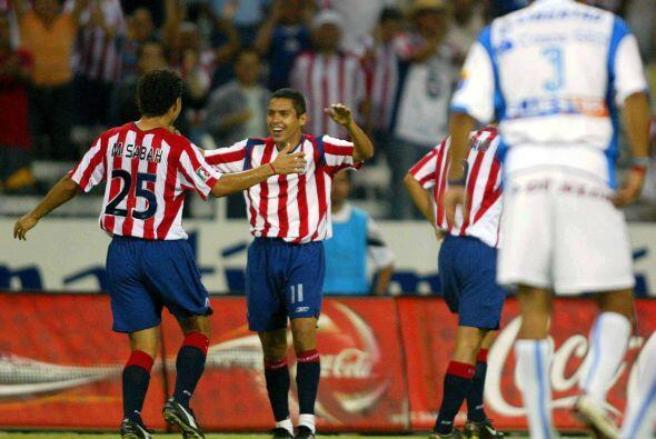 En ese encuentro las Chivas volvieron a sacar un triunfo de 3-1; los gol...