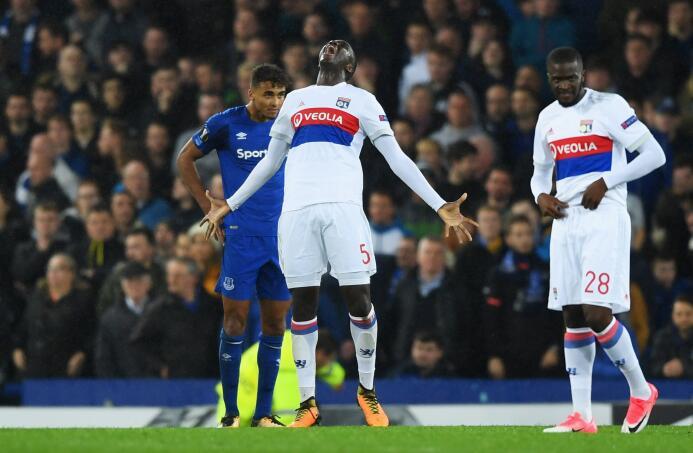 Everton 1-2 Lyon: gran triundo para el equipo francés que se pone segund...