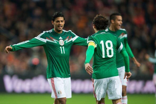 """El """"Bombardero"""" anotó dos goles que sirvieron para que el Tricolor se im..."""