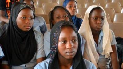Un mes después del secuestro de más de 200 adolescentes en Chibok, habrí...