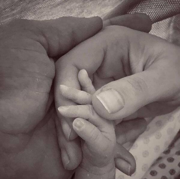 Matias bebé de Marjorie de Sousa y Julián Gil
