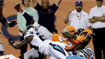 Imágenes del juego: Cardíaco triunfo de Broncos sobre Panthers