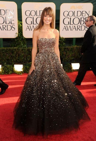 Olivia Wilde arribó a la alfombra de los Golden Globes con uno de los ve...
