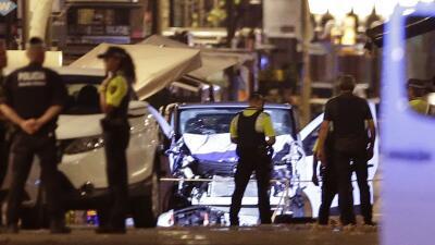 Policías en Las Ramblas, el lugar del atentado en Barcelona.