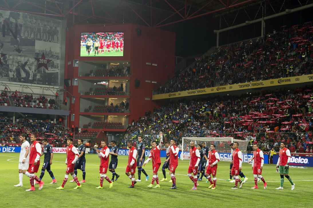 ¡Hoy no hubo infierno para Cruz Azul! La Máquina venció 2-0 al Toluca 20...