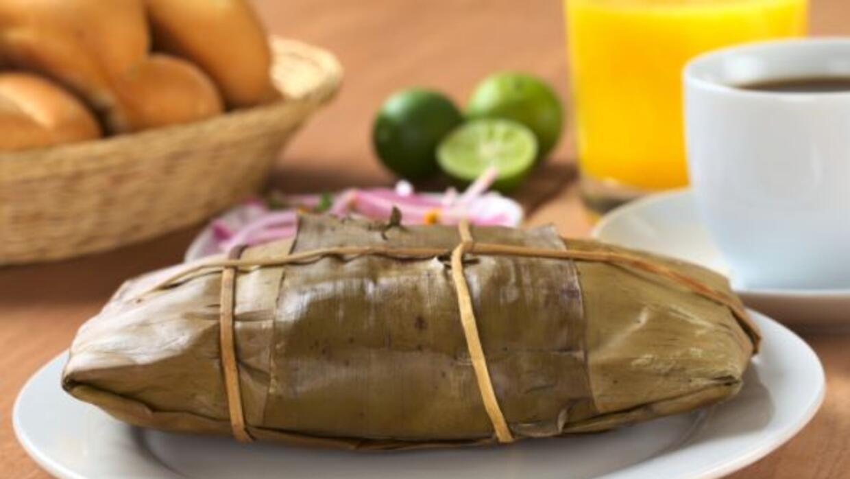 Los tamales son uno de los paltos típicos más populares para recibir el...