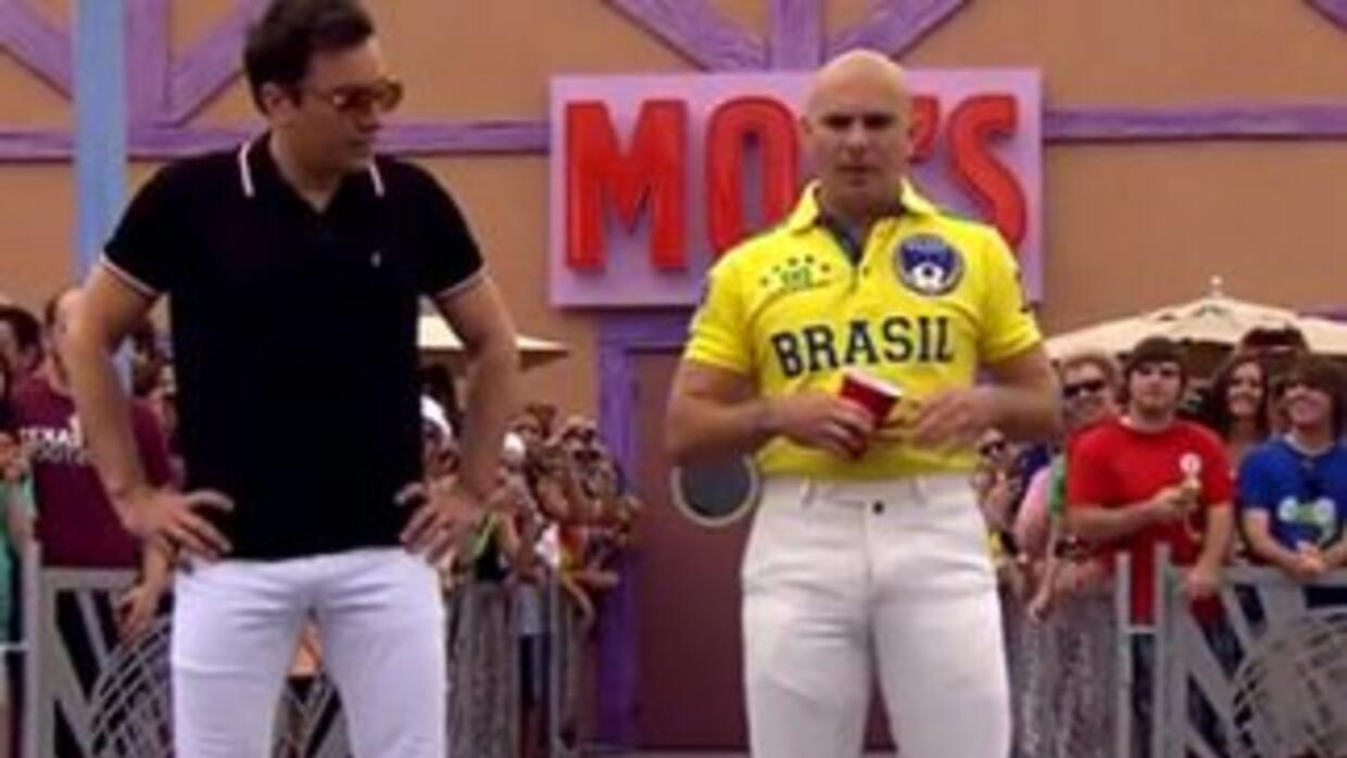 Video: Pitbull and Jimmy Fallon Beer Pong