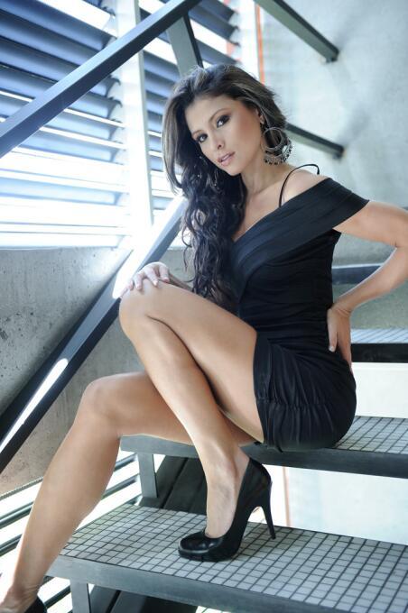 La espectacular colombiana es una bella modelo y es una gran aficionada...