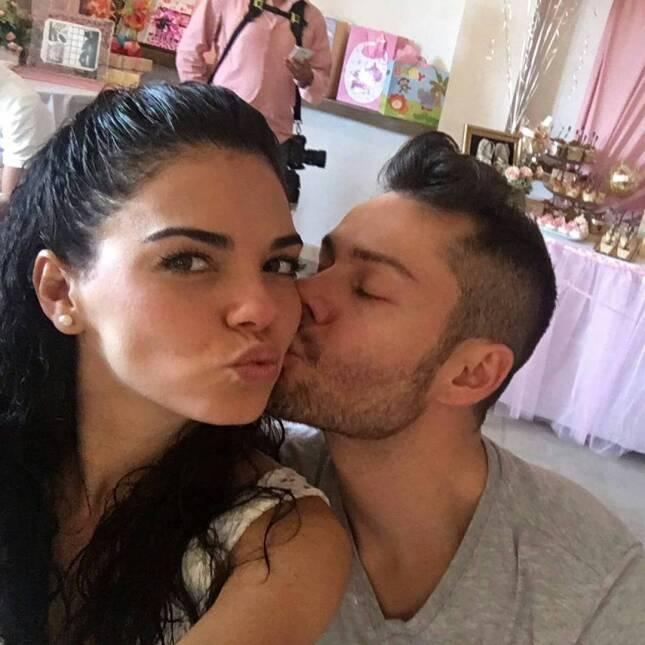 Livia Brito felicitó con románticas fotos a su novio Said El Caballero