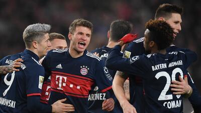 Bayern gana con gol de Müller en duelo dramático y aumenta la ventaja