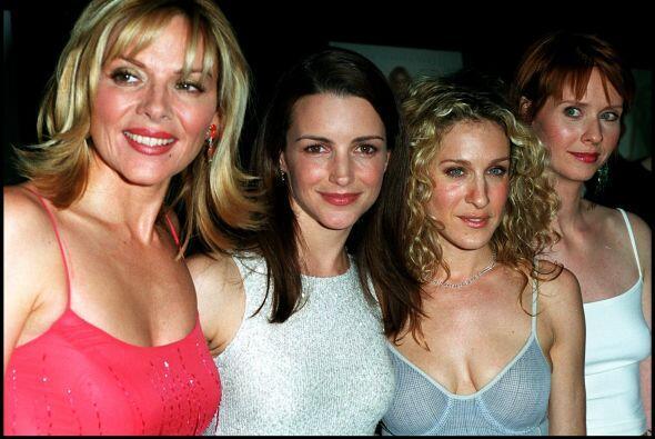 Samantha, Charlotte, Carrie y Miranda son los personajes que hicieron de...