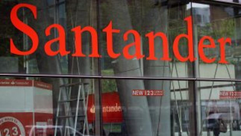 Santander se encuentra entre los bancos a los que Moody's rebajó la cali...