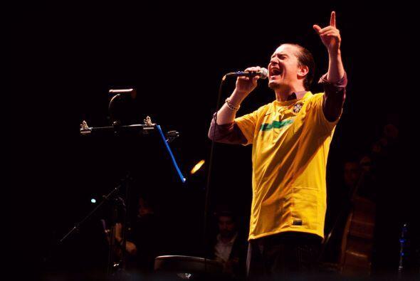 Mike Patton  fue el encargado de cerrar la edición de 2011 de Rock in Ri...