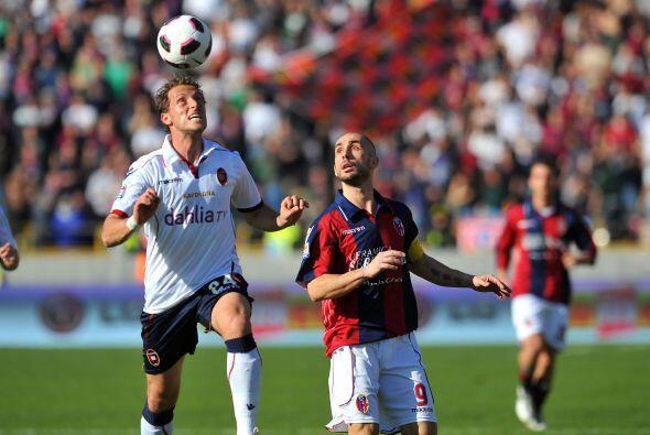 Pero el Cagliari no se quedó con los brazos cruzados y buscó el empate.