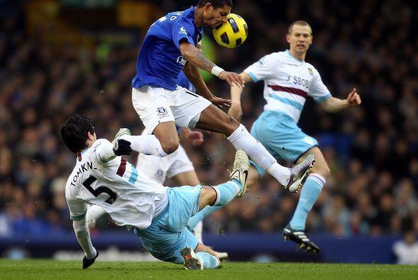 Everton y West Ham repartieron puntos y quedaron 2 a 2.