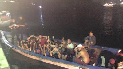 Guardia Costera de Curazao arresta a grupo de 'balseros' venezolanos