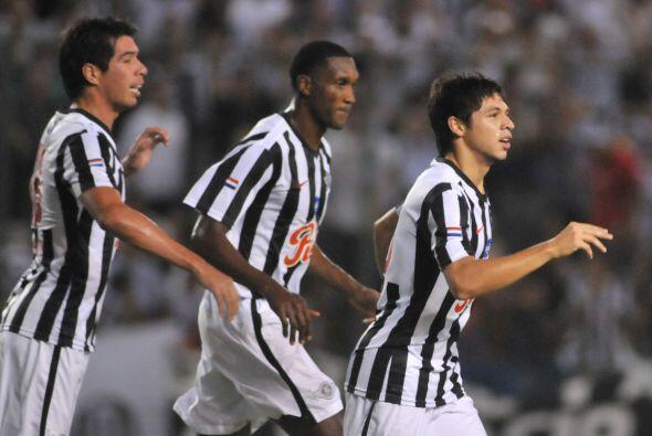 Los otros cuatro goles fueron obra de Rodrigo Rojas (13), Angel Orué (18...