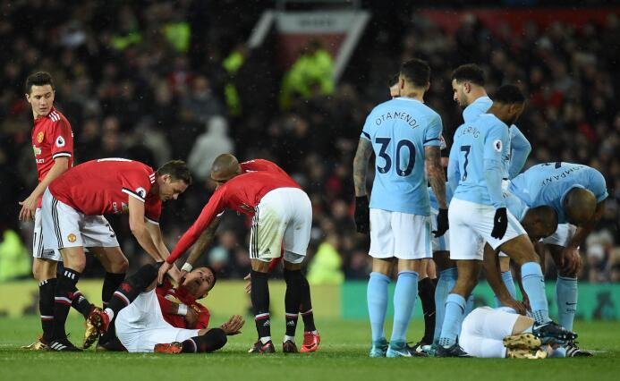El Manchester City ganó el derbi y estiró su ventaja como líder de la Pr...