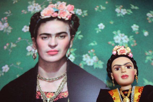 Frida Kahlo fue la máxima representante de la pintura surrealista...