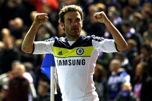 """En un partido que el español Juan Mata ha definido como """"una..."""