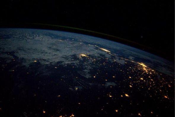 Río de Janeiro y   Sao   Paulo   brillan  .   Fotos: @astro...